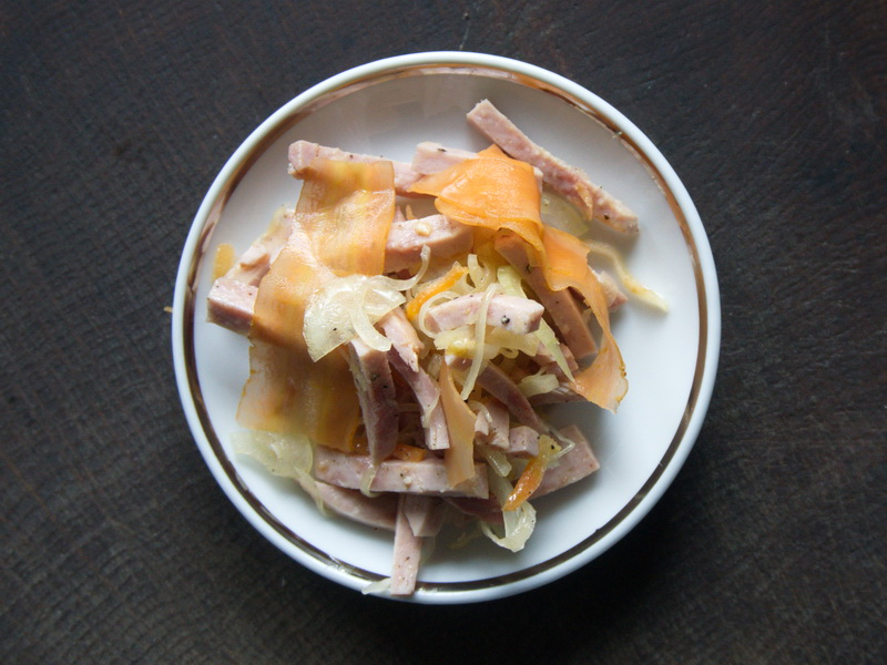 Wurstsalat mit Fermentiertem Gemüse
